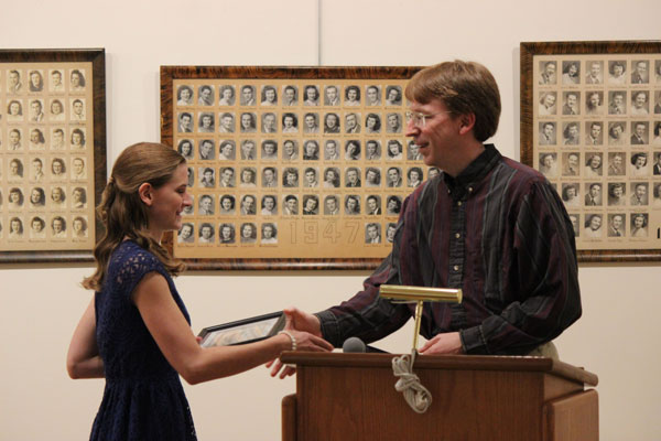 Alicia Skeath presented volunteer of the year award by Curator, Scott Sagar