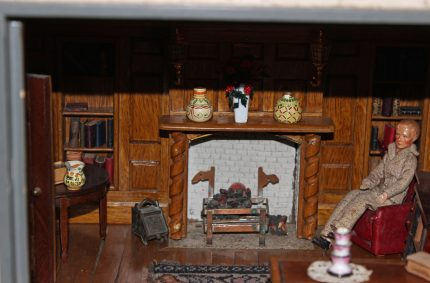 The Manor Hall Dollhouse has Guests!